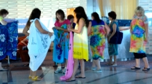 Learning how to tie a sarong