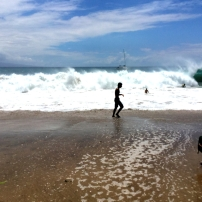 THE SCENE IN THREE PARTS: SKY, OCEAN, BEADH